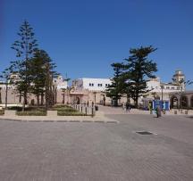 Bab Sbaa, rechts der EC Automat